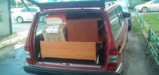Volvo 240 voll beladen